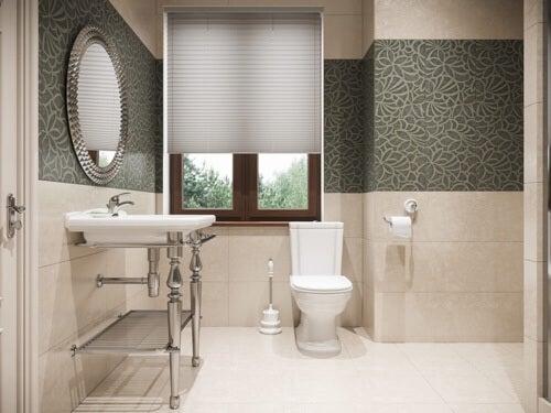 Piastrelle in marmo nel bagno