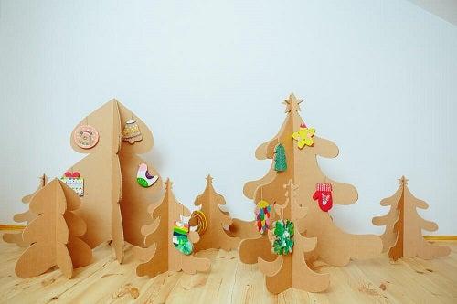 Decorazioni natalizie sostenibili per la casa