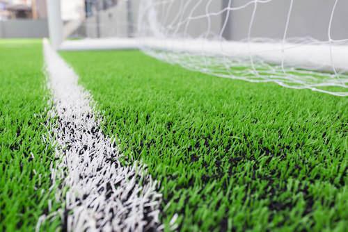 realizzare un campo di calcio in erba