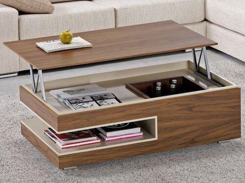 tavolino in legno a più ripiani