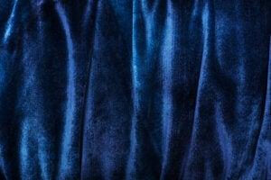 Tenda di velluto blu