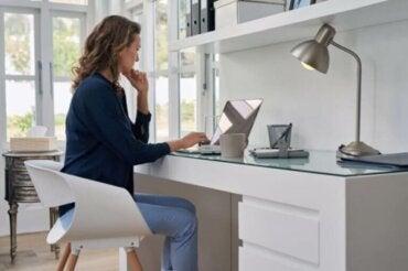 Progettare un angolo studio ben organizzato