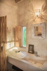 Decorare il bagno ideale per una casa di campagna