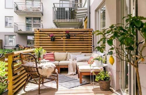 terrazza di un appartamento