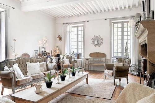 Salone bianco stile francese