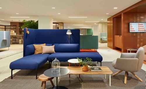Patricia Urquiola: divano blu