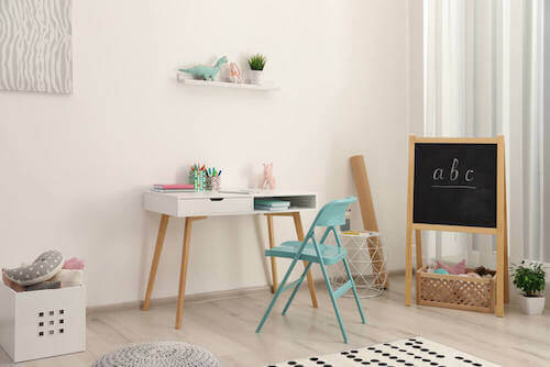 Creare delle zone della casa per bambini angolo studio