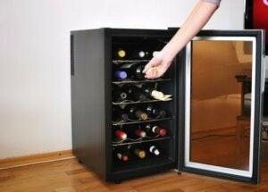 Portabottiglie elettrico per vino