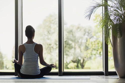 Idee per realizzare un angolo per la meditazione