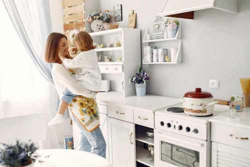 Una cucina a prova di bambino in pochi passaggi