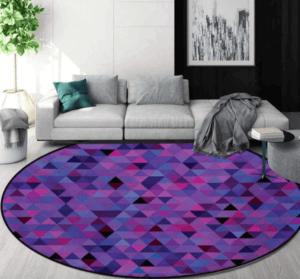 Tappeto multicolore sul viola.
