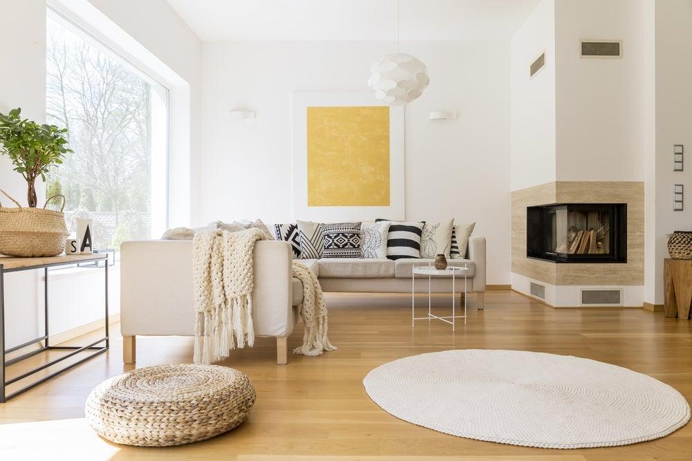 Come decorare un interno con le pareti bianche