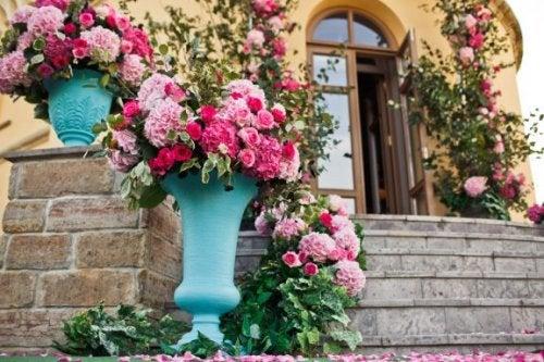 バラの花をずっとキレイに保つコツ