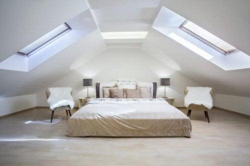 屋根裏部屋をオシャレに装飾するためのポイント!