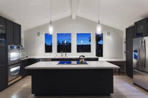 キッチンデザインの落とし穴と失敗しないコツ