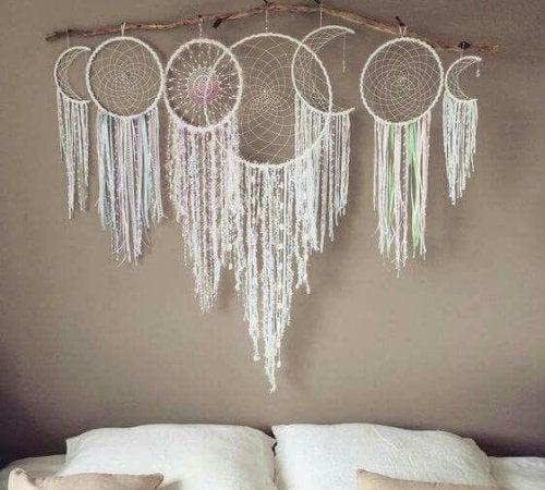 寝室に飾る ドリームキャッチャー