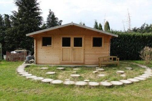 あなたのニーズに合った庭小屋を作るためのアイデア
