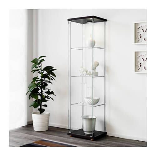 シンプルなガラスキャビネット インテリア 飾り棚