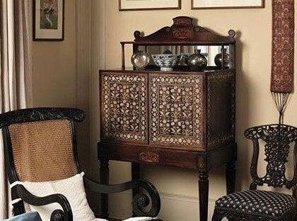 歴史と伝統のあるスペインのアンティーク家具について