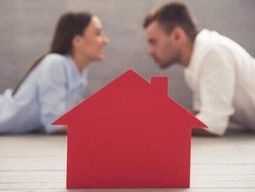 厄介なルームメイトの対処法:同居の心得を知っておこう