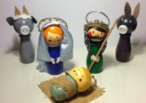 キリスト降誕シーンをリサイクル品で作る