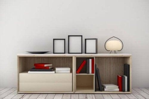 狭い部屋を飾る4つの簡単アイデア