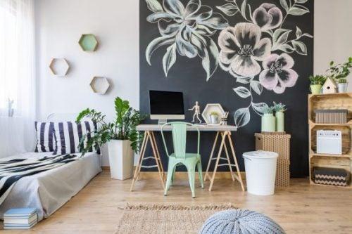 無地の壁を装飾する斬新なアイデア5選
