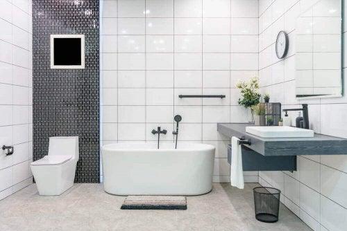 トレンドの浴室インテリア