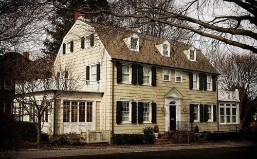 植民地時代の家