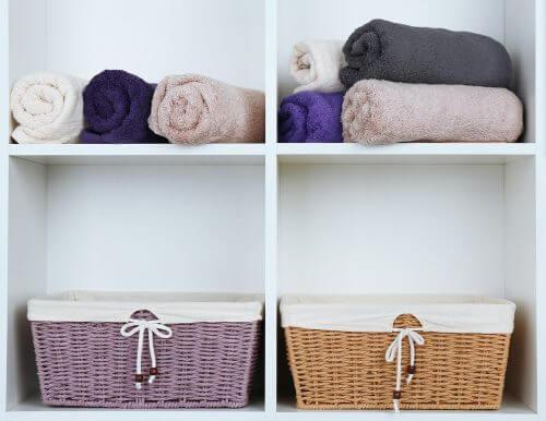 籐製品を使ったインテリアのヒントとアイディア 浴室での使用