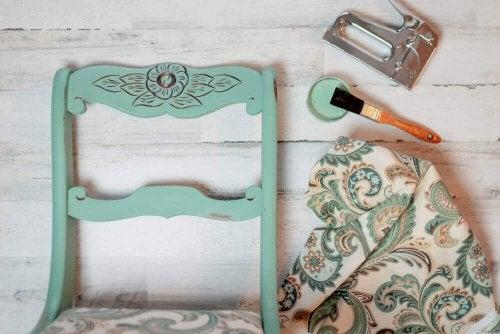 ファームハウス向けの5つのモダンデザイン-家具を修復して使用