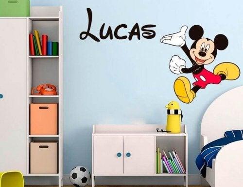 子供部屋に最適なビニールデカールを選ぼう!-ディズニーデザイン