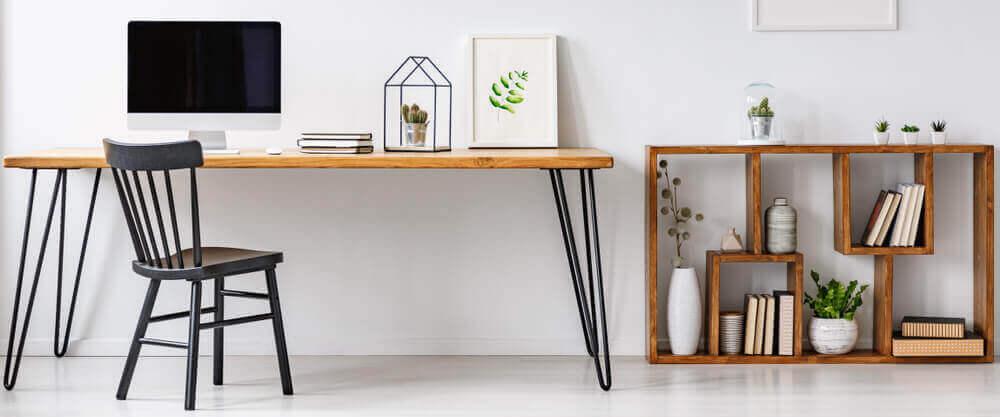 インテリアの可能性が広がる3段サイドテーブル 高さが違うテーブル