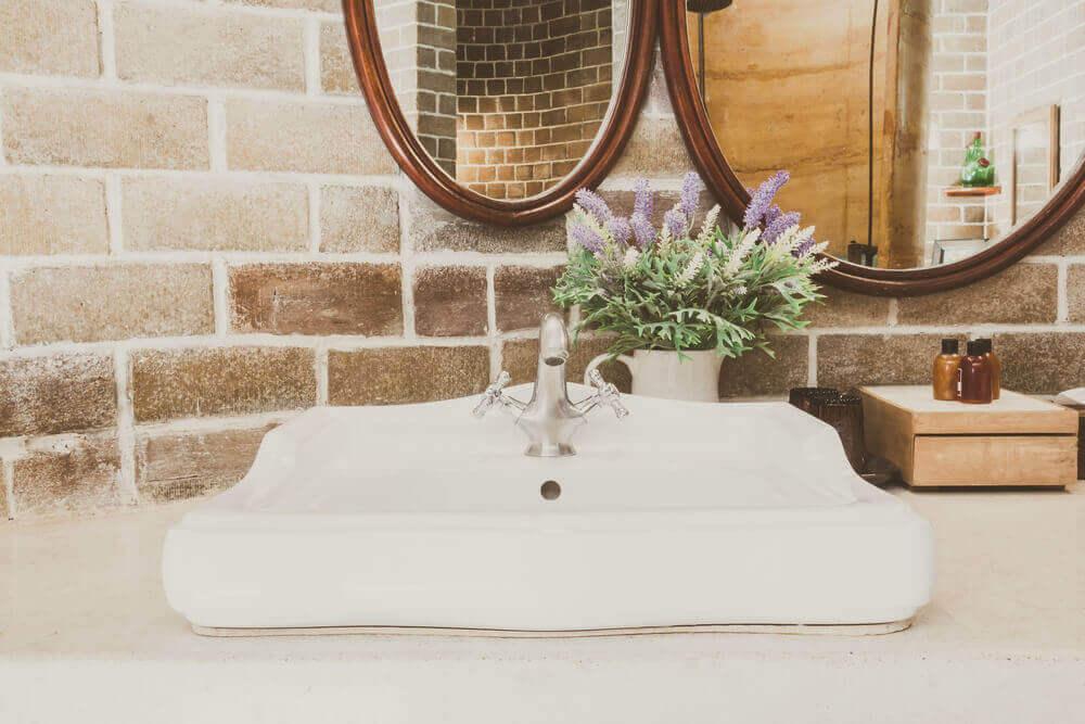 農家スタイルの洗面所