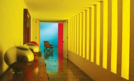 ヒラルディ邸 ルイス・バラガンの建築とユニークな彩色