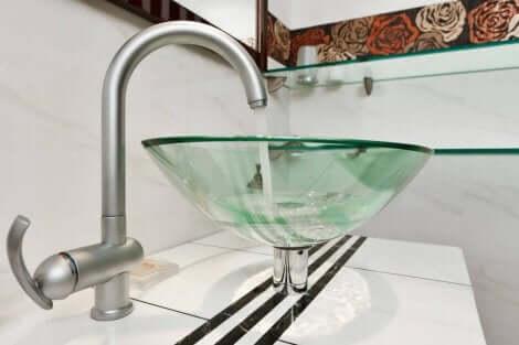 洗面台シンク 透明