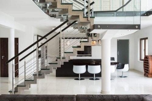 魅力的な階段にするためのインテリアアイデア
