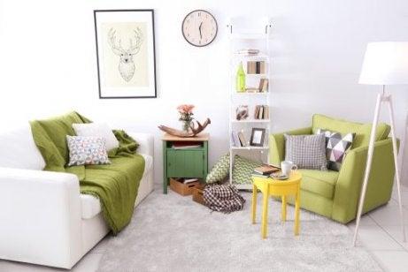 거실을 독서와 휴식 두 공간으로 구분.