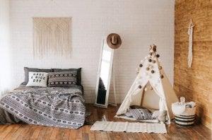 회색과 갈색의 침실
