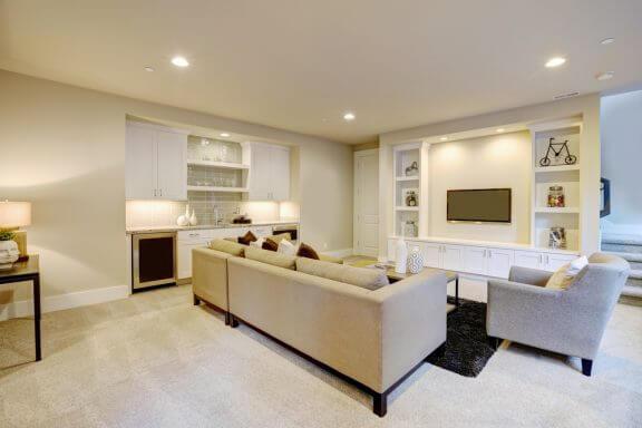 지하실을 정리하기 위한 5가지 실용적인 제안