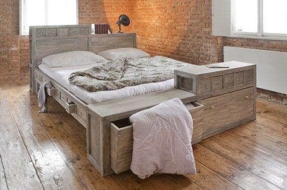 침대 밑 공간을 최대한 활용하는 방법