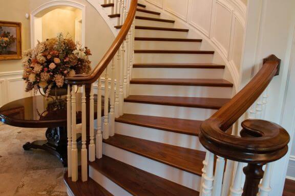 집 실내 계단을 위한 아름다운 난간 살펴보기