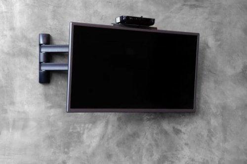 천장형 TV 거치대의 4가지 종류