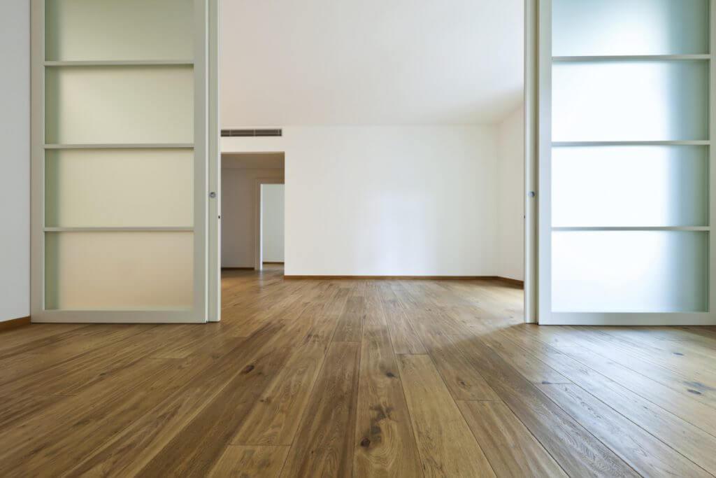 매력 만점의 최신 슬라이딩 문 디자인 3가지