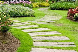 정원을 위한 재활용 나무 길을 만들어보자 02