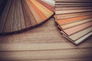 라미네이트 바닥재와 나에게 가장 적합한 유형을 알아보자: 라미네이트 바닥재 색상