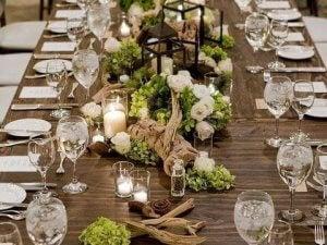 드리프트우드: 트렌디하고 친환경적인 소재 식탁