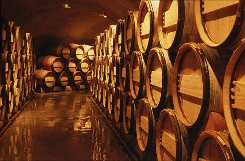 와인 배럴 : 수공예적인 장식 요소