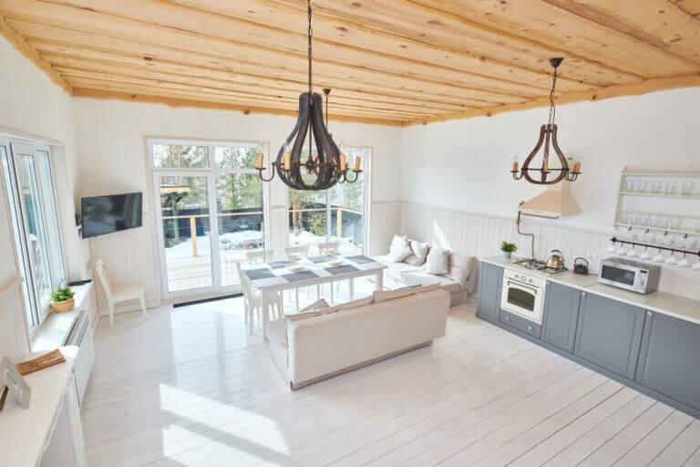 천장 디자인: 천장을 독창적으로 만드는 방법