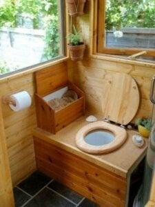 친환경 물 없는 화장실의 4 가지 특징